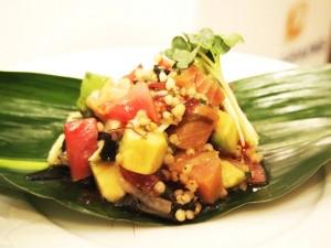 まぐろ&アボカド、ソルガムきびのハワイ風サラダ