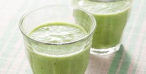 ソルガムきびの緑野菜のスムージー