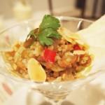 鶏肉と野菜のスパイシーなソルガムきびタブレ