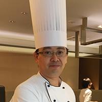 島田佳明氏 (ANAクラウンプラザホテル大阪 カフェ・イン・ザ・パーク調理長)