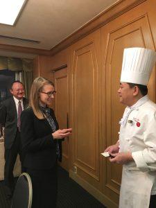 在札幌米国総領事館首席領事  レイチェル・ブルネット-チェン氏
