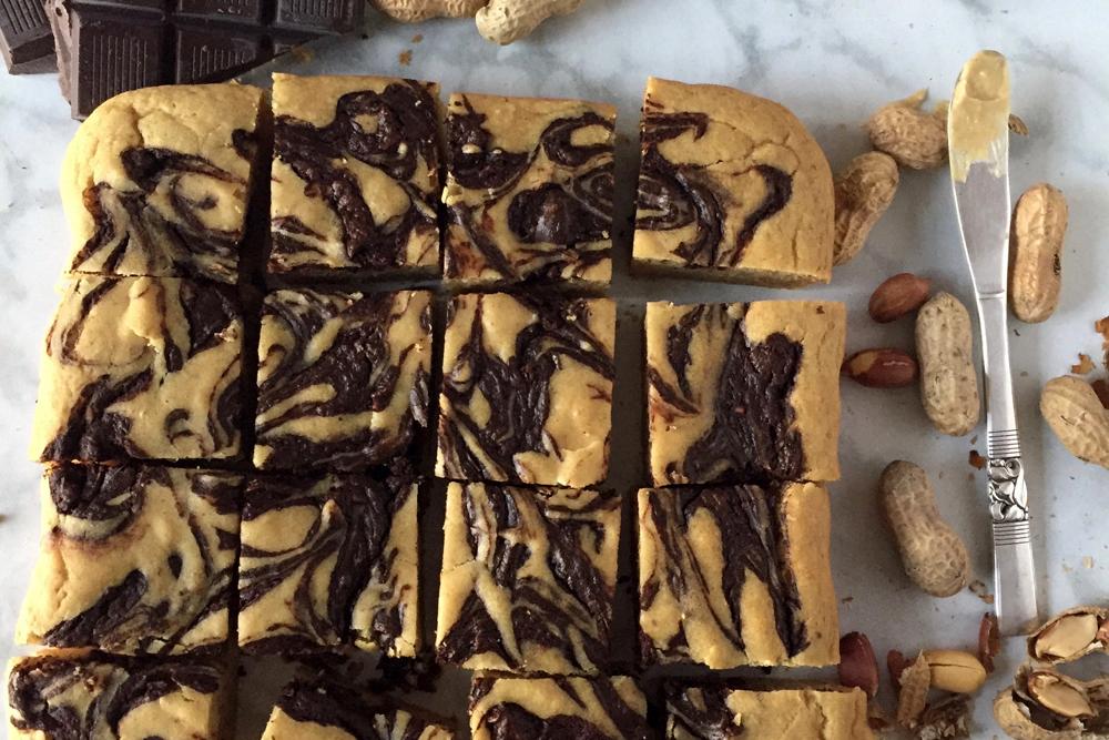 ピーナッツバター チョコレートマーブルケーキ(PEANUT BUTTER CHOCOLATE SWIRL CAKE)