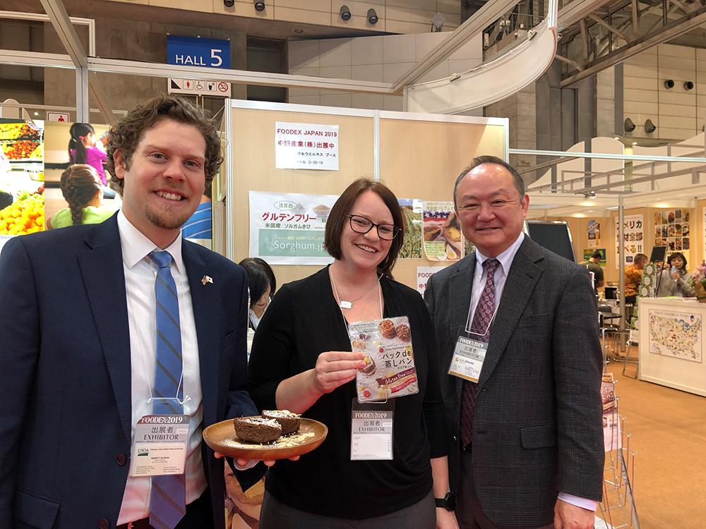 FOODEX JAPAN 2019にて米国産ブラックソルガムきび粉のグルテンフリー蒸しパンの試食イベントを行いました
