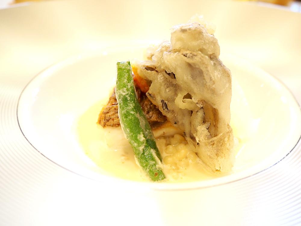 鯛のポワレとソルゴット(ソルガムきびのリゾット風) 貝のソースで