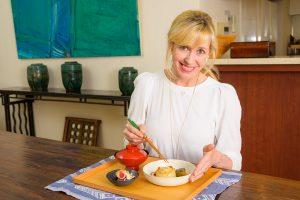 エリカ・アンギャルさん連載コラム『感染症が心配な冬こそ和食!和の食材に潜む免疫力増強作用とは。』